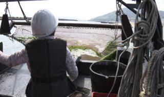須磨海岸で底引き漁船&清掃大作戦!03